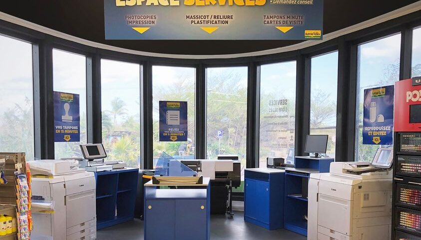 Print, bind and laminate your documents at La Croisette